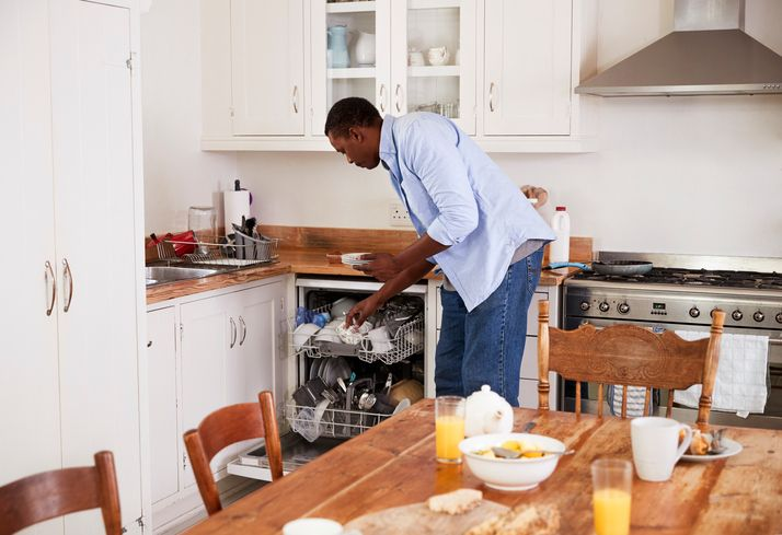 Man doing the dishes